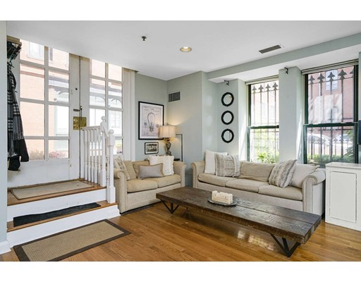 2 Clarendon St, Boston, MA 02116