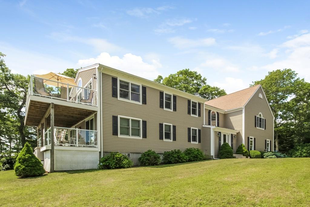 527 Currier Rd, Falmouth, Massachusetts