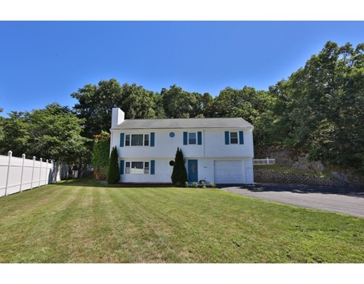 Picture 7 of 350 Water St  Wakefield Ma 3 Bedroom Single Family