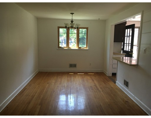Picture 2 of 106 Pierce Rd Unit 106 Watertown Ma 2 Bedroom Condo
