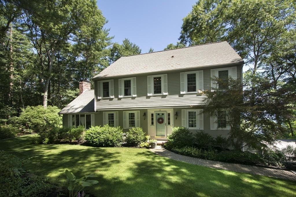 28 Apple Hill Lane, Duxbury, Massachusetts