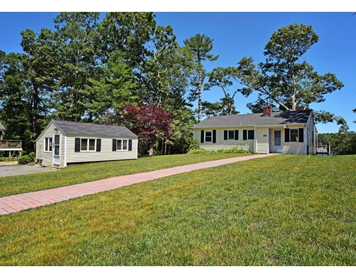 65 Horseshoe Bend Way, Mashpee, Massachusetts