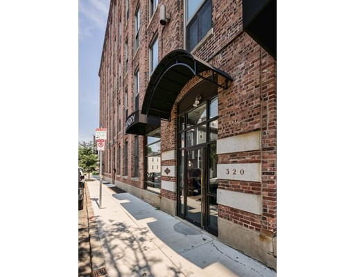 320 West 2nd Street, Boston, MA 02127