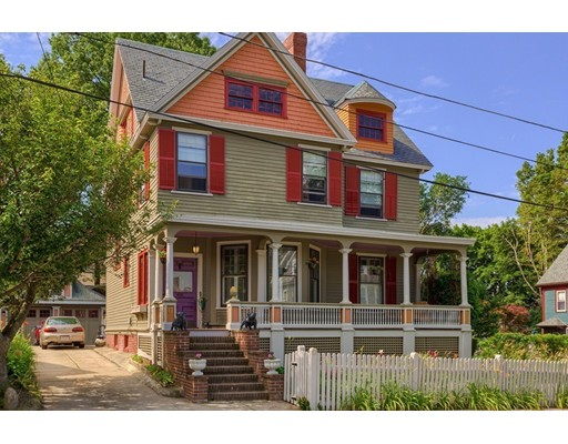 Picture 1 of 17 Grant St  Haverhill Ma  4 Bedroom Single Family