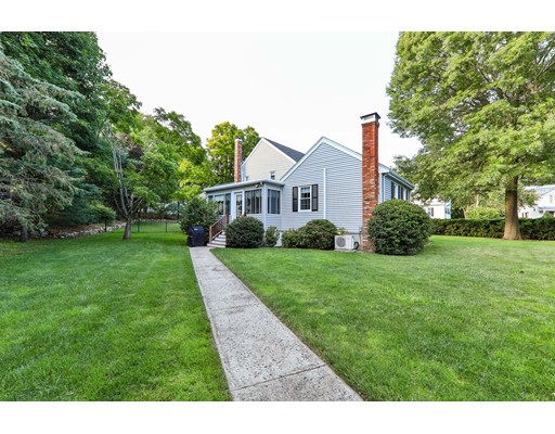 Picture 4 of 65 Durham Rd  Dedham Ma 4 Bedroom Single Family