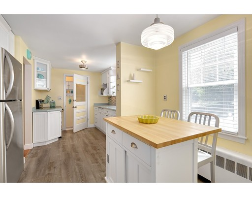 Picture 7 of 110 Spring St  Arlington Ma 3 Bedroom Single Family