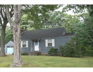 52 Crest Road  is a similar property to 92 Crest Rd  Lynnfield Ma