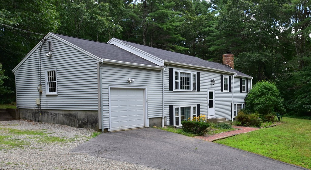 292 Moraine St, Marshfield, Massachusetts