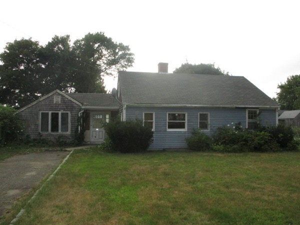 28 Vidal Avenue, Falmouth, Massachusetts