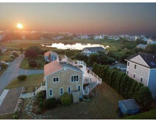 87 Fresh River Ln, Falmouth, Massachusetts