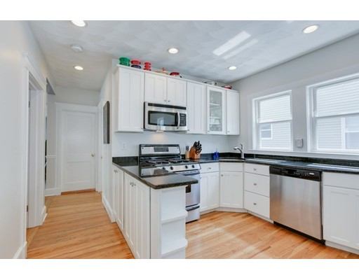 Picture 3 of 27 Century St Unit 1 Somerville Ma 2 Bedroom Condo