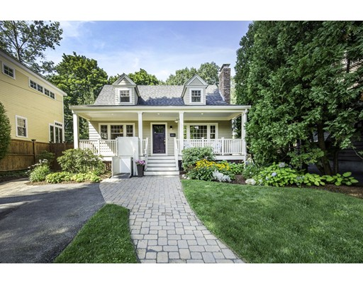 Picture 4 of 104 Madison Ave  Arlington Ma 4 Bedroom Single Family