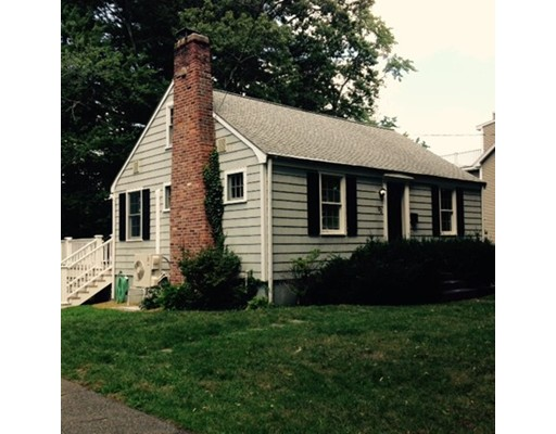 Picture 1 of 92 Crest Rd  Lynnfield Ma  3 Bedroom Single Family#