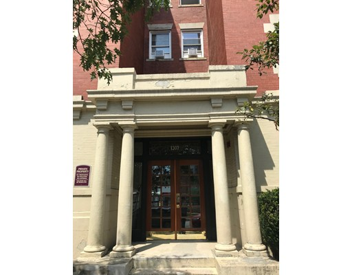 Picture 1 of 1307 Commonwealth Ave Unit 5 Boston Ma  3 Bedroom Condo#