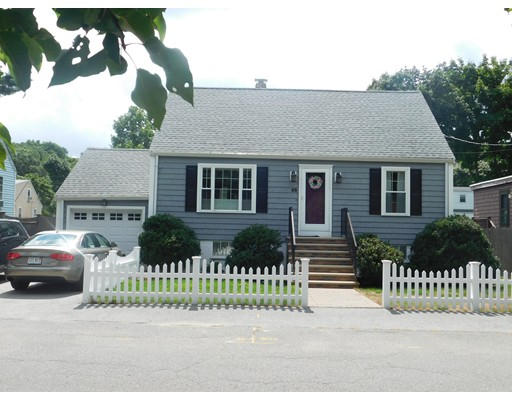 Picture 2 of 50 Aberdeen Ave  Peabody Ma 3 Bedroom Single Family