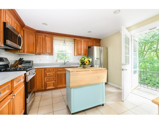 Picture 5 of 36 Gainsville Rd  Dedham Ma 2 Bedroom Single Family