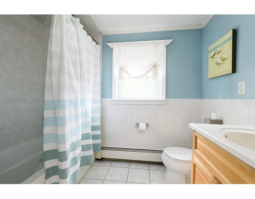 Picture 10 of 36 Gainsville Rd  Dedham Ma 2 Bedroom Single Family