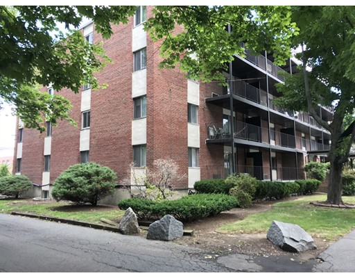 Oval Rd, Quincy, MA 02170
