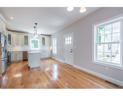 Picture 4 of 5 Hart St Unit B1 Wakefield Ma 3 Bedroom Single Family