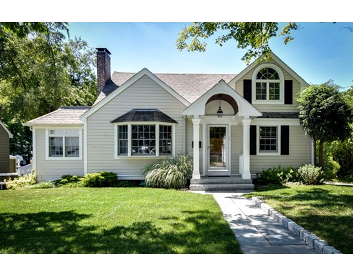 35 Beaufort Ave, Needham, MA 02492