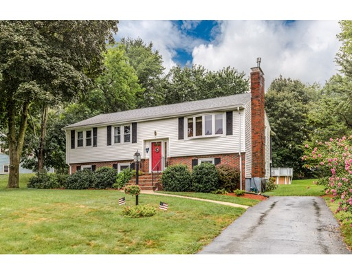 Picture 1 of 3 Englewood Dr  Wilmington Ma  3 Bedroom Single Family#