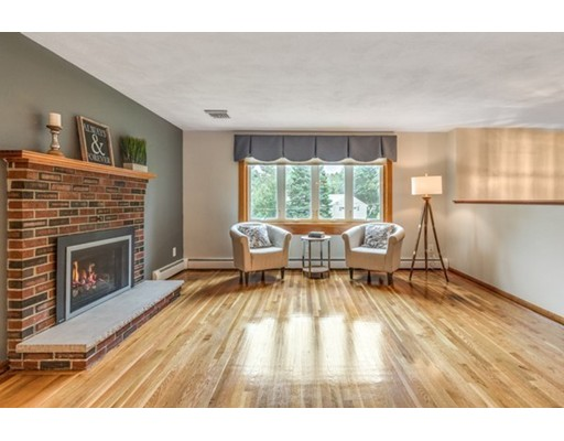 Picture 5 of 3 Englewood Dr  Wilmington Ma 3 Bedroom Single Family