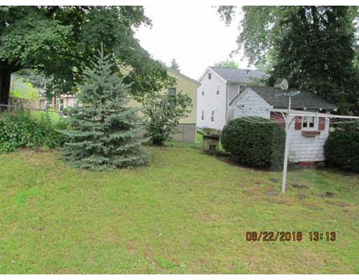 Picture 2 of 92 Commonwealth Ave  Dedham Ma 3 Bedroom Single Family