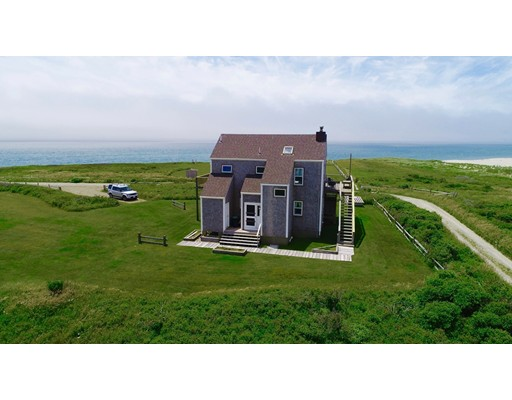 8 Sheep Pond Road - Nantucket, MA