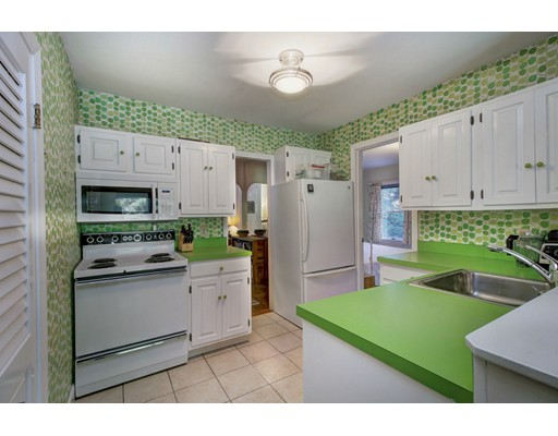 Picture 11 of 258 Sprague St  Dedham Ma 3 Bedroom Single Family