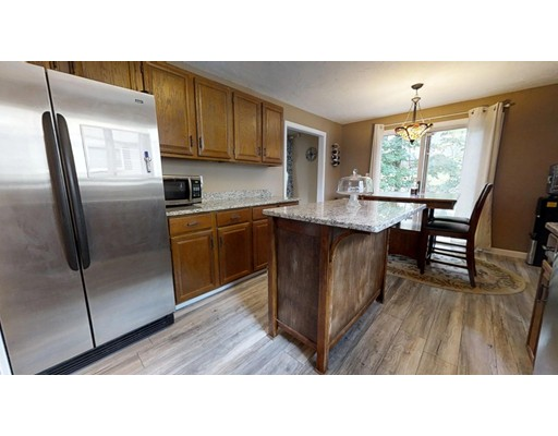 Picture 4 of 16 James St Unit 16 Watertown Ma 3 Bedroom Condo