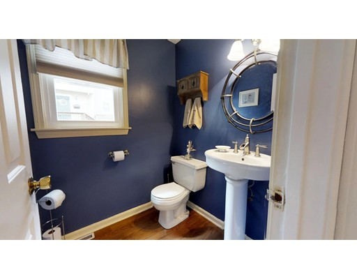 Picture 10 of 16 James St Unit 16 Watertown Ma 3 Bedroom Condo