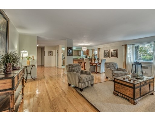 131 Sewall Ave Unit 1, Brookline, Massachusetts