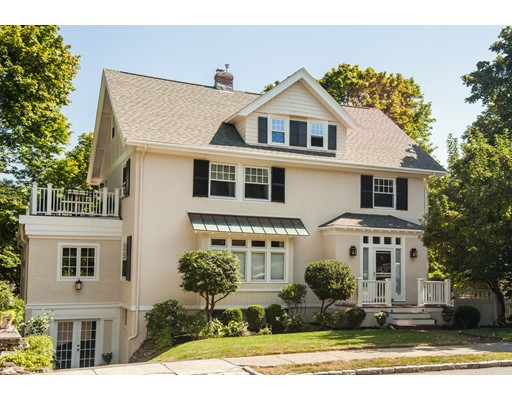 Picture 13 of 7 Edgehill Rd  Winchester Ma 6 Bedroom Single Family