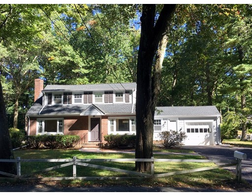 Picture 2 of 71 Stonebridge Rd  Wayland Ma 3 Bedroom Single Family