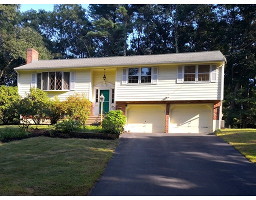 14 Forest Street, Medfield, MA 02052