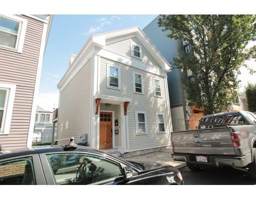 W 3Rd St, Boston, MA 02127