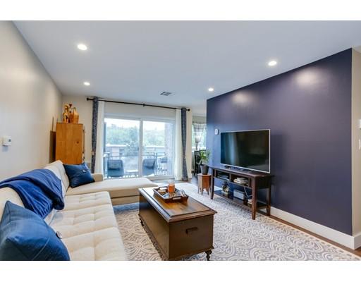 Picture 2 of 1202 Greendale Ave Unit 131 Needham Ma 1 Bedroom Condo