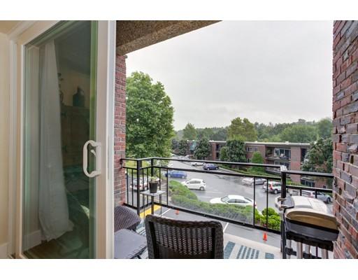Picture 4 of 1202 Greendale Ave Unit 131 Needham Ma 1 Bedroom Condo