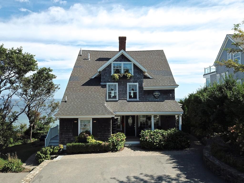 12 Indian Tr, Bourne, Massachusetts
