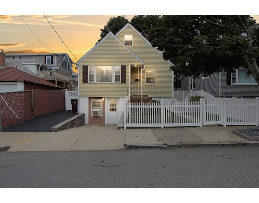 Chisholm St, Everett, MA 02149