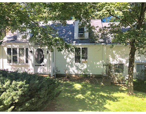 103 Walnut Street, Wellesley, MA 02481