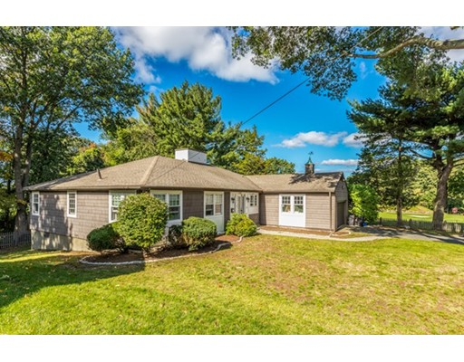 Picture 5 of 100 Orchard Lane  Melrose Ma 3 Bedroom Single Family