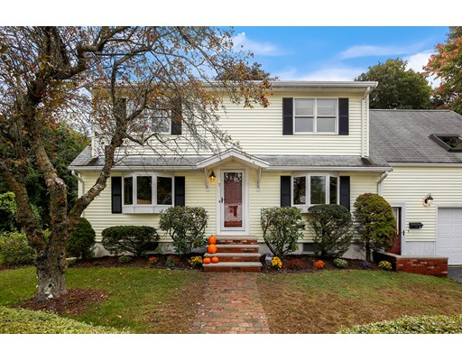 Picture 8 of 7 Fielding St  Wakefield Ma 4 Bedroom Single Family