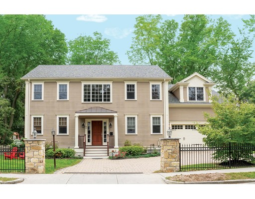 Picture 2 of 85 Woodcliff Rd  Newton Ma 4 Bedroom Single Family