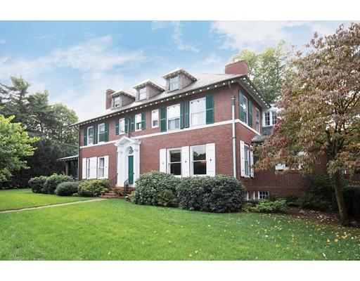 55 Irving St, Brookline, Massachusetts