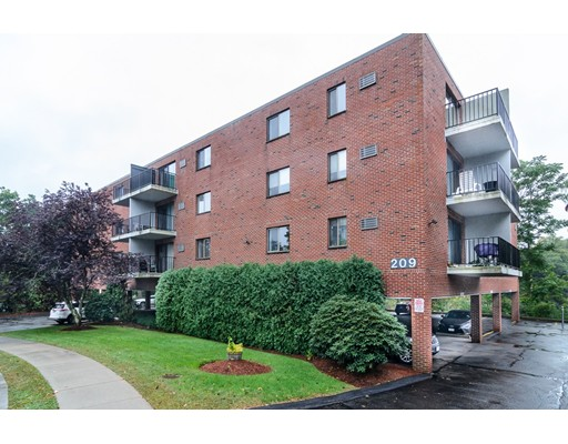 Picture 1 of 209 Riverview Ave Unit 37 Newton Ma  1 Bedroom Condo#