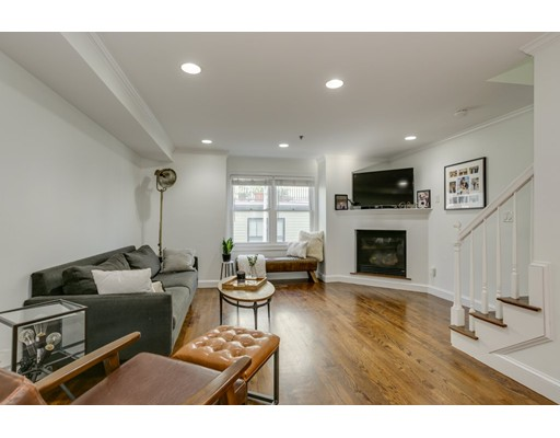Picture 4 of 101 Bolton St  Boston Ma 2 Bedroom Single Family