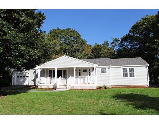 111 Bernard Cir - Barnstable, MA