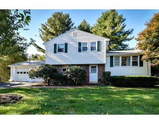 29 Woodmere Road, Framingham, MA 01701
