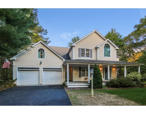 16 Wiley Post Lane, Falmouth, Massachusetts